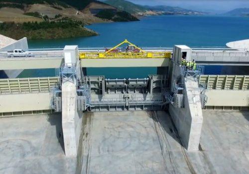 Comportas - Banja spillway gates