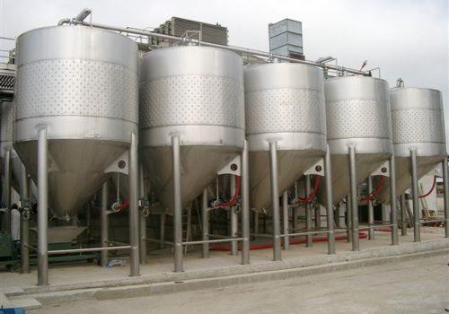 Cuba Fermentação Autovidante 21.500L - Ind. Vinicola - Adega cooperativa de Dois Portos - Torres Vedras-2005