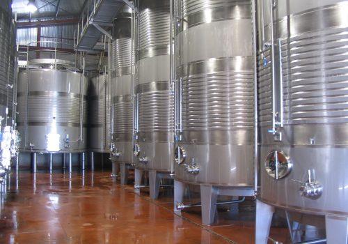 Depósito Fermentação Brancos 15.000L Ind. Vinicola; Campos de Castilla . 2005