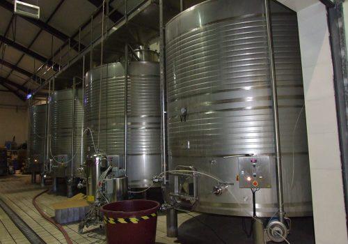 Depósito Fermentação tintos Ind. Vinicola . 2013
